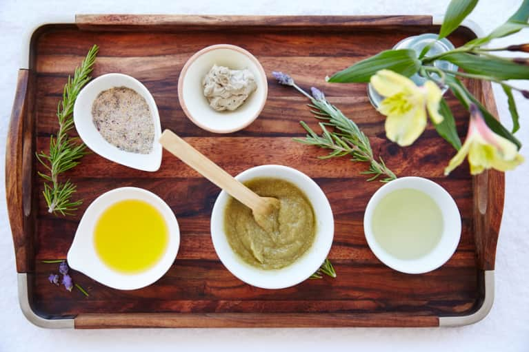 The 4 Oils You Need For Inner And Outer Beauty: A Nutritionist Explains