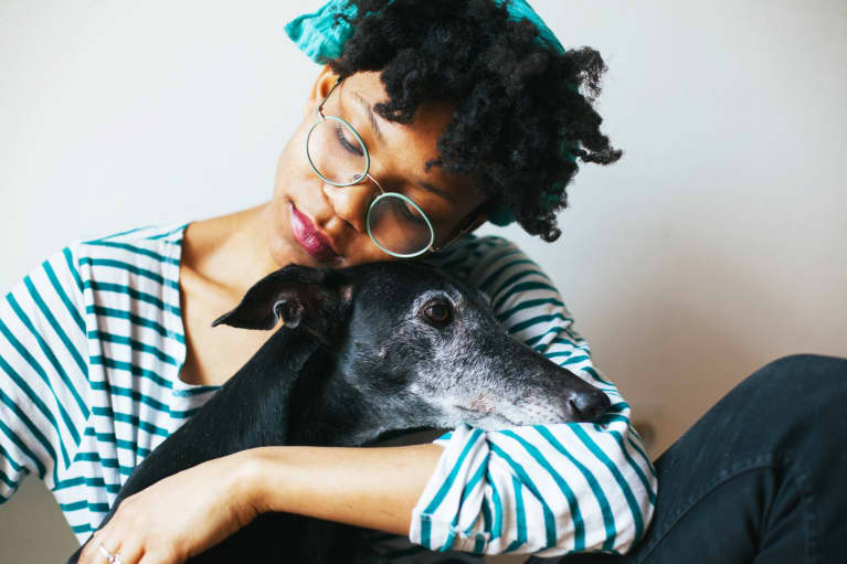 Can Getting A Dog Actually Ease Symptoms Of Depression? A Psychotherapist Weighs In