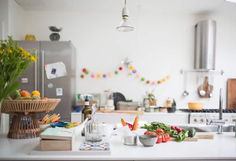 How To Detox Your Fridge To Set Yourself Up For A Healthier Week