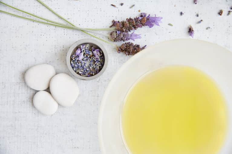The Science Of Essential Oils For Mind, Body, And Spirit