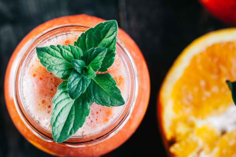 Delicious Mocktails To Sip All Summer (With Health Benefits You Won't Believe)