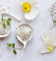A Functional Medicine Expert Explains Exactly Why Sea Salt Is So Healing