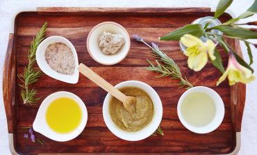 These 5 Key Ingredients Will Soothe Your Dry, Sensitive Skin