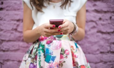 When It Comes To Online Dating, How Much Choice Is Too Much?