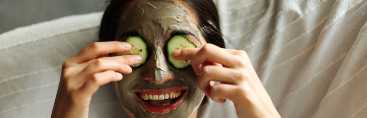 A Cucumber, Aloe + Parsley Mask To Soothe Skin & Reduce Redness Hero Image