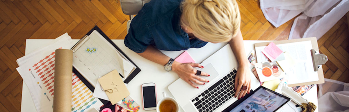 Warning Signs That Working From Home May Be Hurting You Hero Image