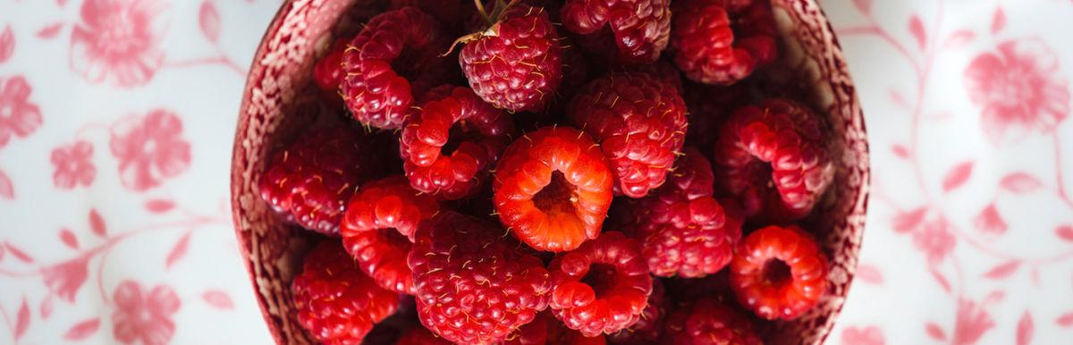 7 Hormone-Balancing Foods For Glowing Skin Hero Image