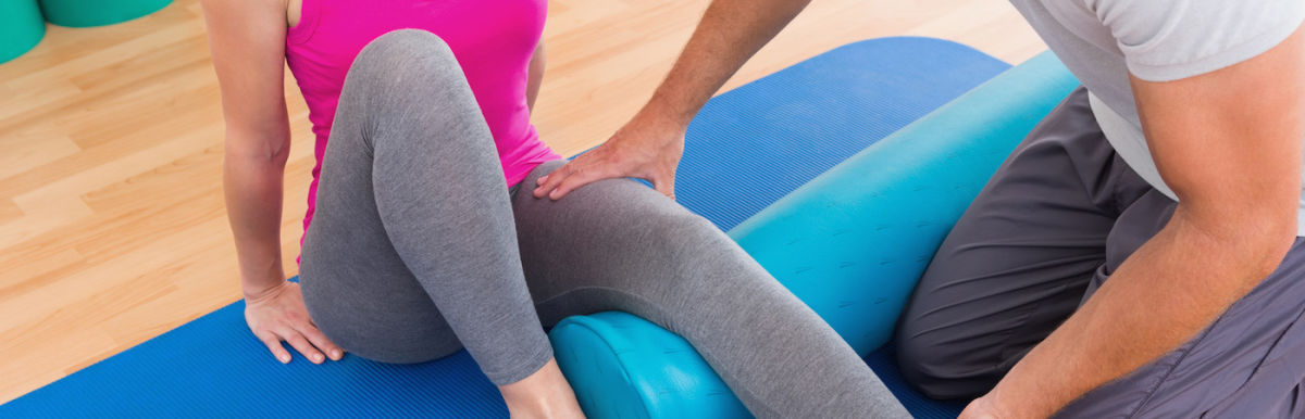 5 Ways You Could Be Using Your Foam Roller All Wrong Hero Image