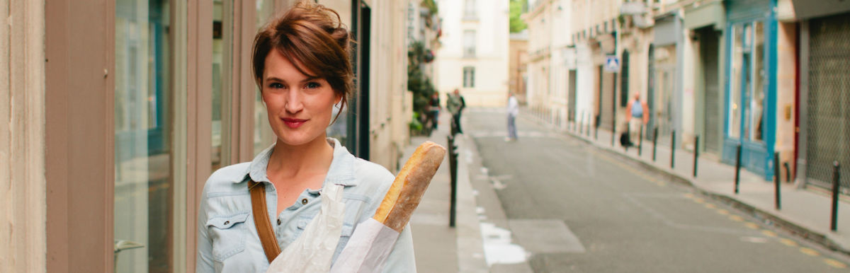 9 Beauty Secrets Of French Women (From A French Woman) Hero Image