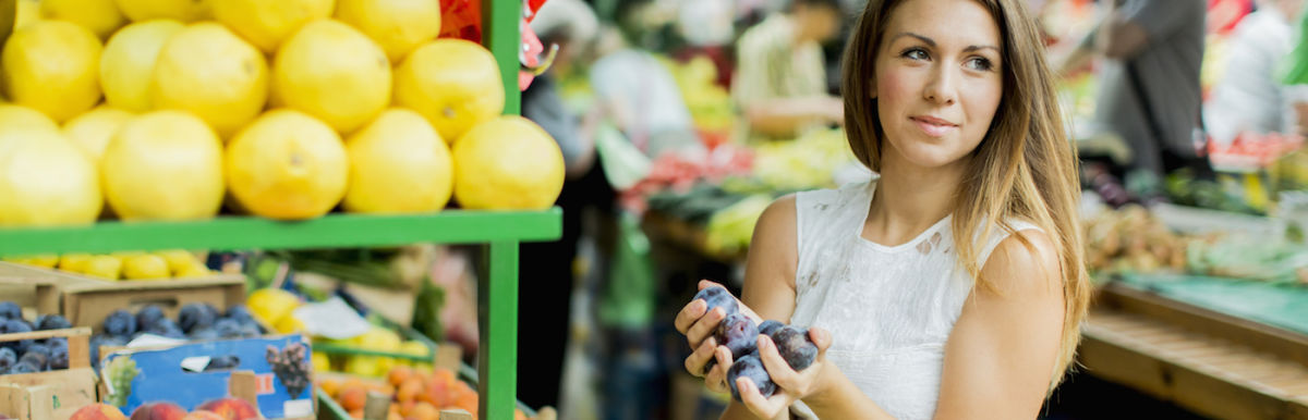 3 Ways To Shop Healthy When You're Strapped For Time Hero Image