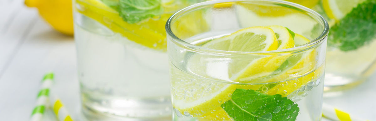 3 Healthy & Hydrating Drinks For A Chilled Out Summer Hero Image