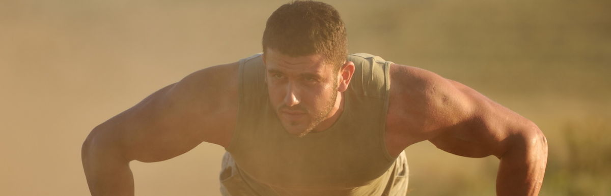 A Navy SEAL's 4 Tips To Boost Mental Toughness Hero Image