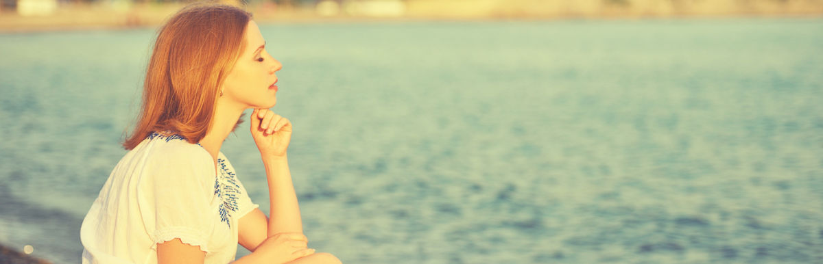 11 Ways To Keep Negative Thoughts From Harming Your Health Hero Image