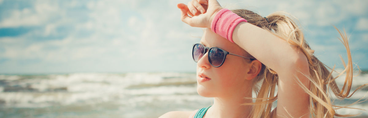 Can't Stand The Heat? How To Actually Stay Cool (Besides Drinking Water) Hero Image