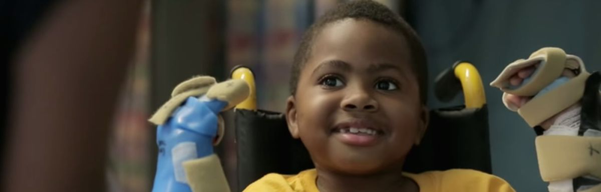 You Have To Watch This Video Of The First Child To Get A Double Hand Transplant Hero Image
