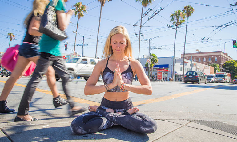 10 Tips To Find Zen In The Chaos Of Everyday Life Hero Image