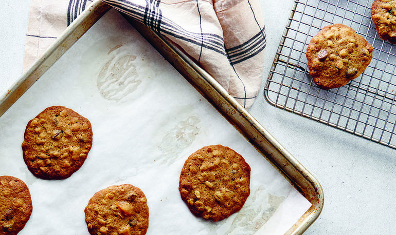 This Celebrity Chef Made A Healthy Holiday Cookie Just For mbg (And It Tastes Amazing) Hero Image