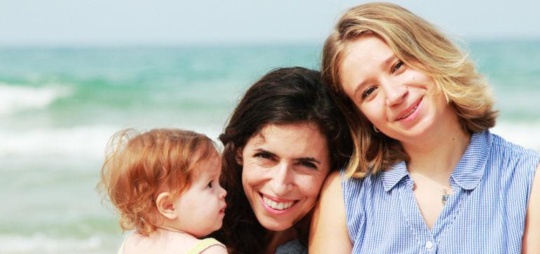 Same-Sex Couples Raise Healthier Kids, Study Says Hero Image