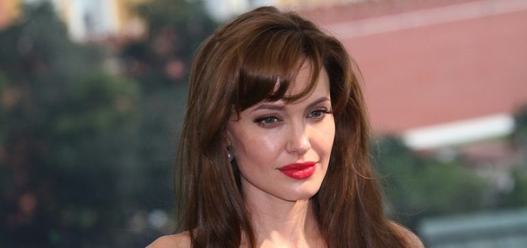 What A Breast Cancer Survivor Thinks About Angelina Jolie Hero Image