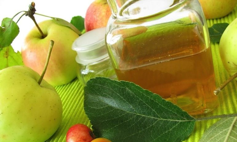 15 Reasons to Use Apple Cider Vinegar Every Day Hero Image