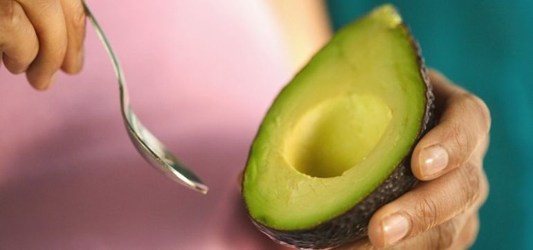 Why You Should Eat Avocados Every Day (If You Aren't Already!) Hero Image
