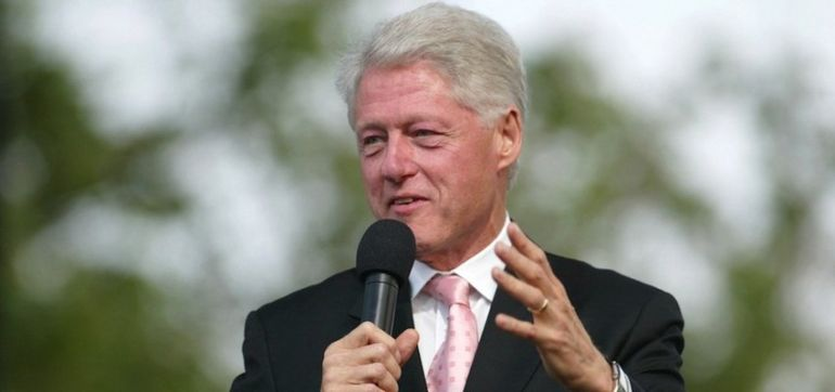 Bill Clinton Loves Eating Plant-Based (And Almond Milk Smoothies) Hero Image