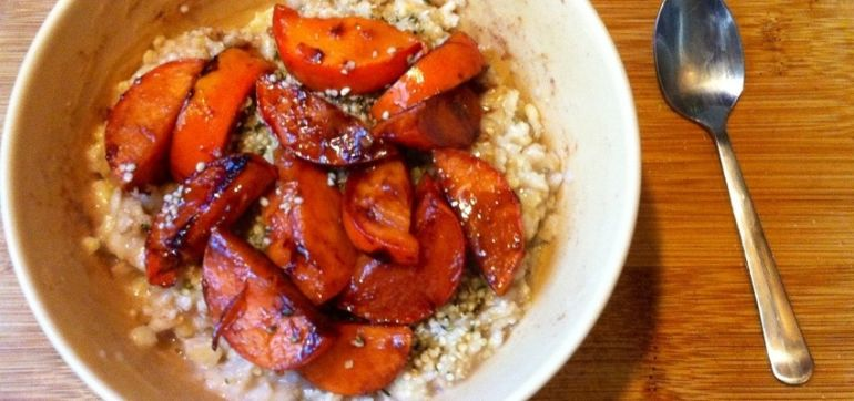 Carmelized Persimmon Oatmeal (Gluten Free & Vegan) Hero Image