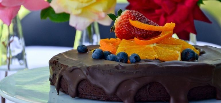 Vegan Chocolate Mud Cake? Umm, Yes Please! Hero Image