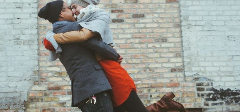 The Secret To Finding Unlimited Happiness In A Relationship Hero Image