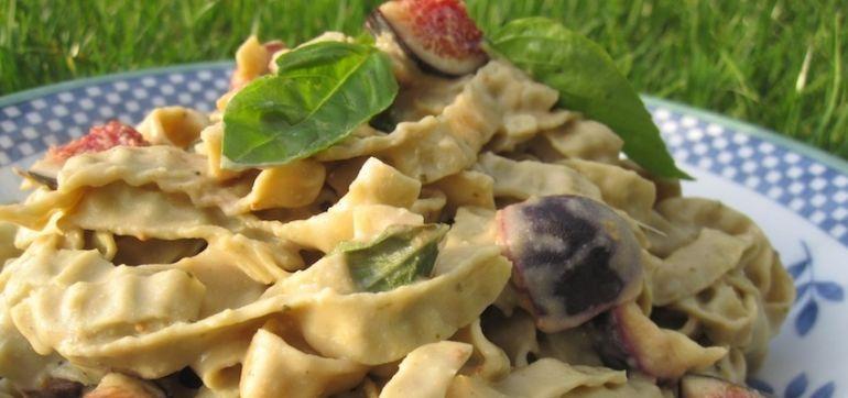 Gluten-Free Recipe: Creamy Fig & Basil Pasta Hero Image
