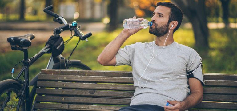 5 Reasons To Skip Bottled Water Hero Image