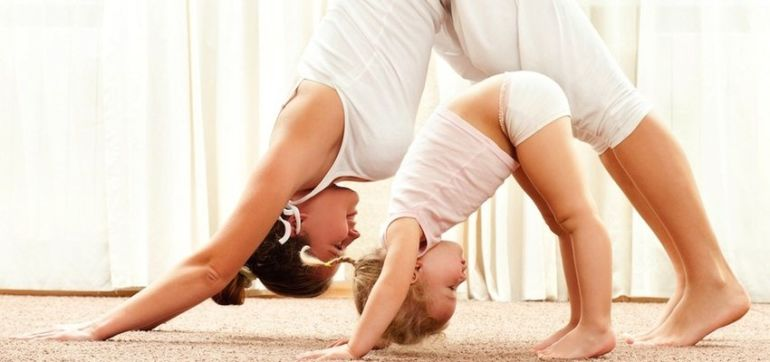 5 Reasons Yoga Makes You A Better Parent Hero Image