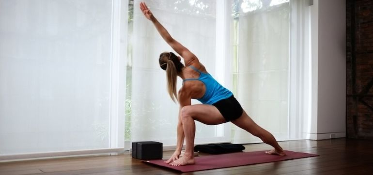 A High-Intensity Workout + Stretch You Can Use All Summer Hero Image