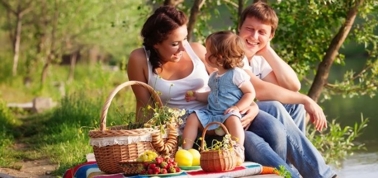Why Your Family Won't Eat Healthy + What You Can Do About It Hero Image