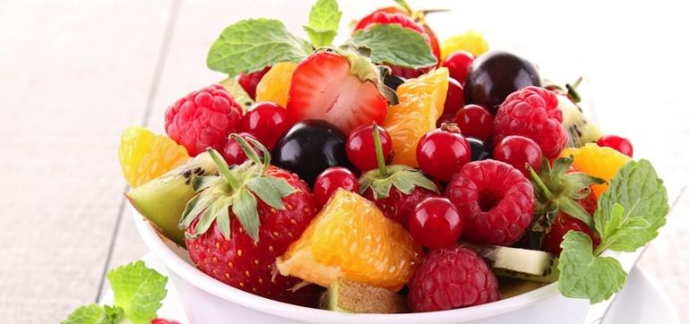 Fruit: When To Eat It & When To Avoid It Hero Image