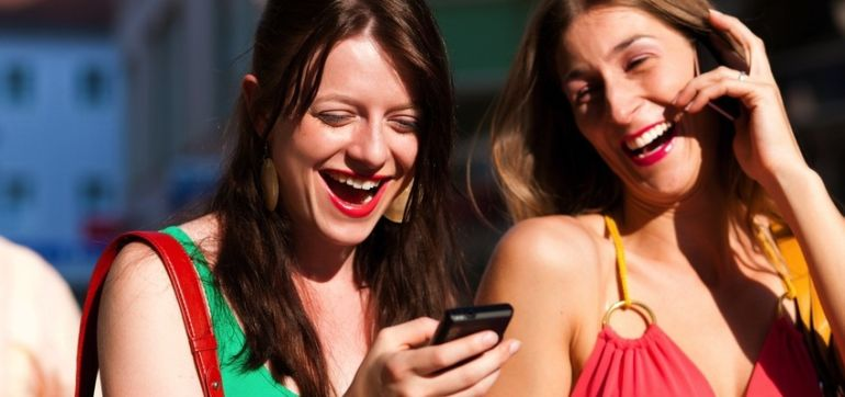 Can Cellphones Affect Your Heart Health? A Cardiologist Explains Hero Image