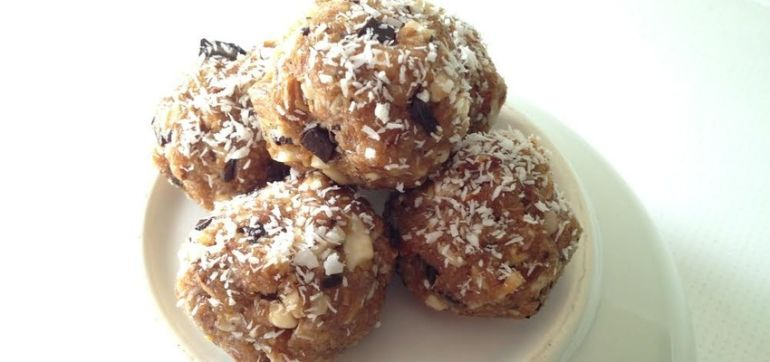 Satisfy Your Sweet Tooth With These Grain-Free Cookies! Hero Image
