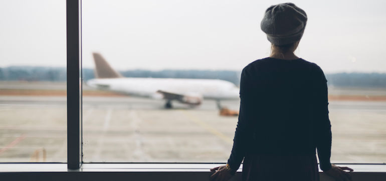 9 Mindful Ways To Actually Enjoy Your Holiday Travel Hero Image