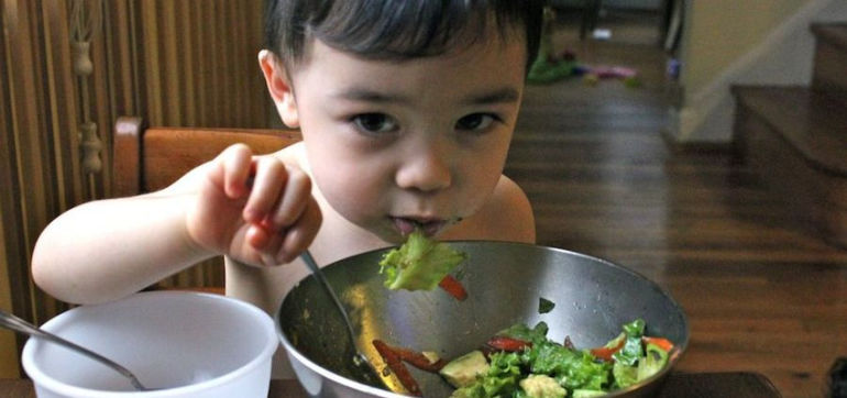 """How I """"Tricked"""" My 2-Year-Old Into Loving Veggies Hero Image"""