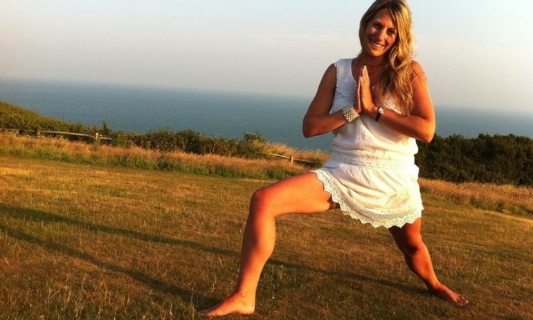 11 Healing Mantras For Natural Weight Loss Hero Image