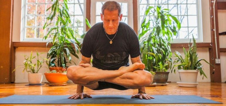 3 Stretching Techniques To Deepen Your Yoga Practice Hero Image