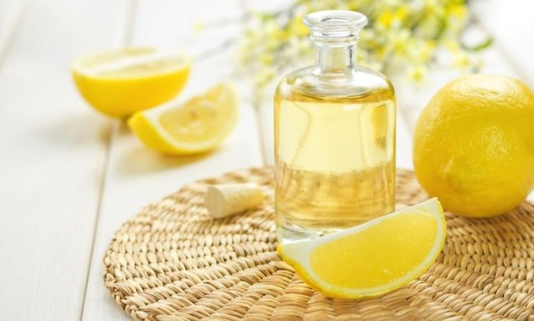 Ditch The Toxic Household Cleaners! Try These 5 Essential Oils Instead Hero Image