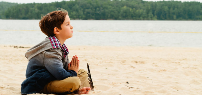 7 Fun Ways To Teach Your Kids Mindfulness Hero Image