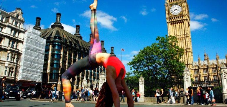 Yoga In London (Gorgeous Slideshow) Hero Image