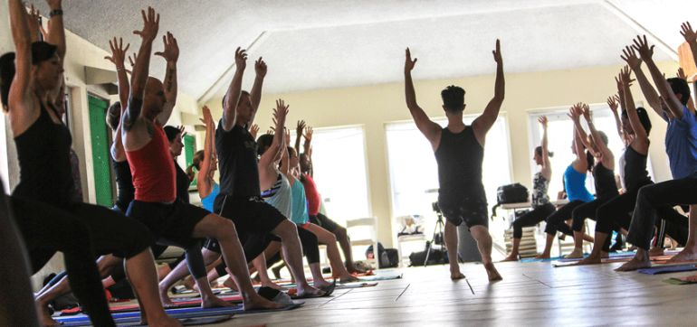 "How To Be An Authentic Yoga Teacher (And Avoid The ""Yoga Voice"") Hero Image"