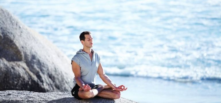 Why You Can't Let Judgment Affect Your Meditation Practice Hero Image