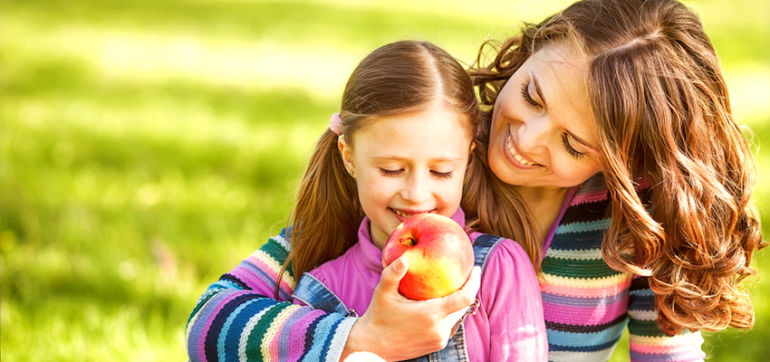 6 Tips To Help Kids Have A Healthy Relationship With Food Hero Image