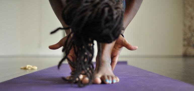 I'm A Yoga Teacher & I Still Needed Help In Class Hero Image