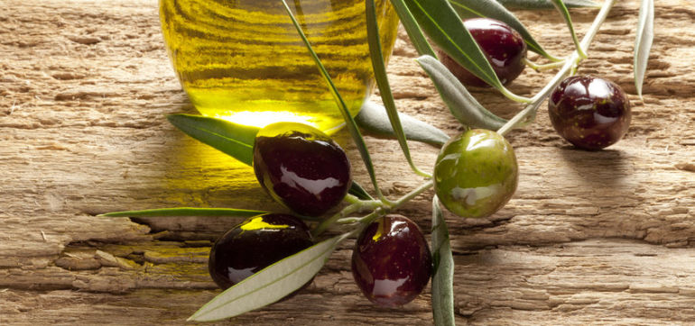 9 Awesome Ways To Use Olive Oil (That Have Nothing To Do With Food) Hero Image