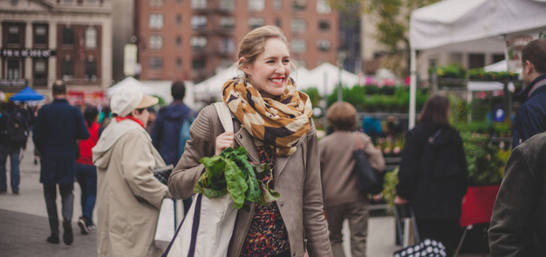 How To Buy A Week's Worth Of Groceries For $40 At The Farmer's Market Hero Image